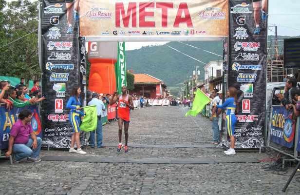 medio-maraton-las-rosas-2015