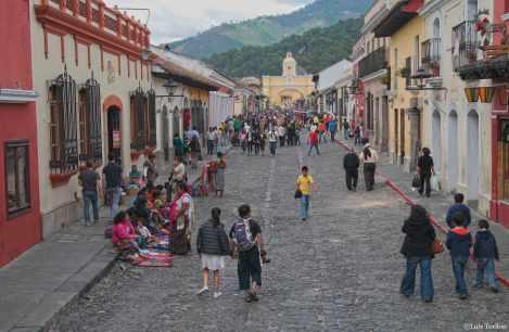 calle-del-arco-la-antigua-guatemala