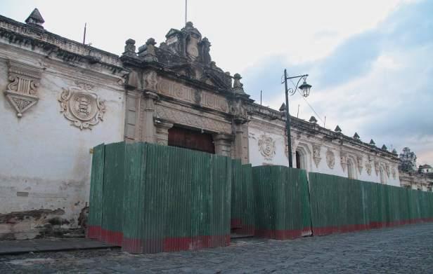 inicia-restauración-de-la-antigua-universidad-de-san-carlos-en--la-antigua-guatemala