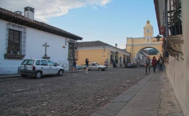 calcomanías-vecino-y-visitante-frecuente-la-antigua-guatemala