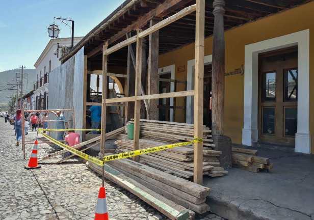 Inicia-Remozamiento-del-Portal-del-Ayuntamiento-de-La-Antigua-Guatemala