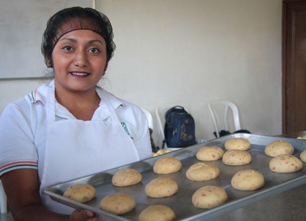Centro-de-Capacitación-para-la-Mujer-Las-Gravileas-Antigua-Guatemala