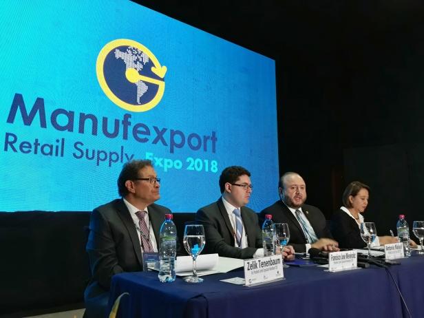 Conferencia de prensa Manufexport 2018. Foto Luis Toribio