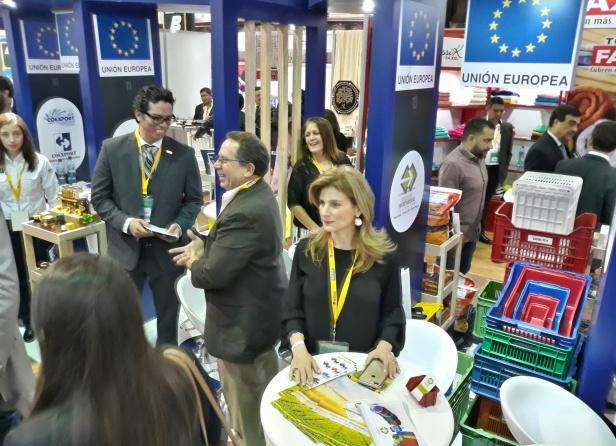 Pequeñas y medianas empresas de Centroamérica y del Caribe presentan su oferta en Manufexport 2018. Foto Luis Toribio