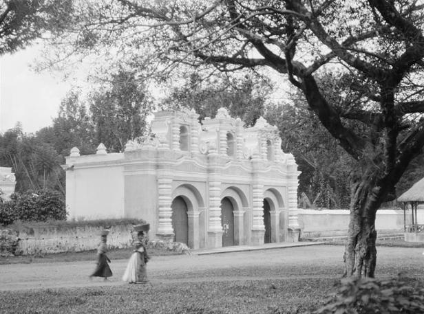 Iglesia del Calvario Antigua Guatemala. Foto Arnold Genthe