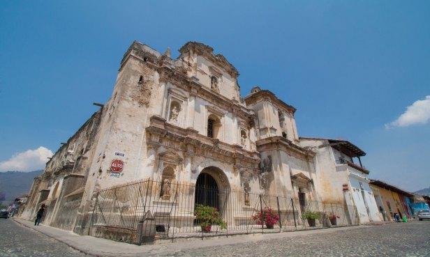 Iglesia-y-Convento-de-San-Agustín-Antigua-Guatemala.-Foto-Luis-Toribio
