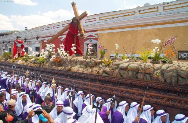 Programa-General-Semana-Santa-2019-La-Antigua-Guatemala-Foto-Luis-Toribio
