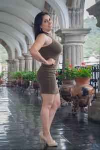 Anny Siliezar, 35 años