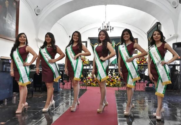 aspirantes a la corona de Señorita Antigua período 2019 - 2020.