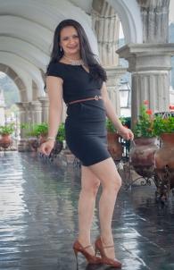 Rebeca Recinos, 34 años